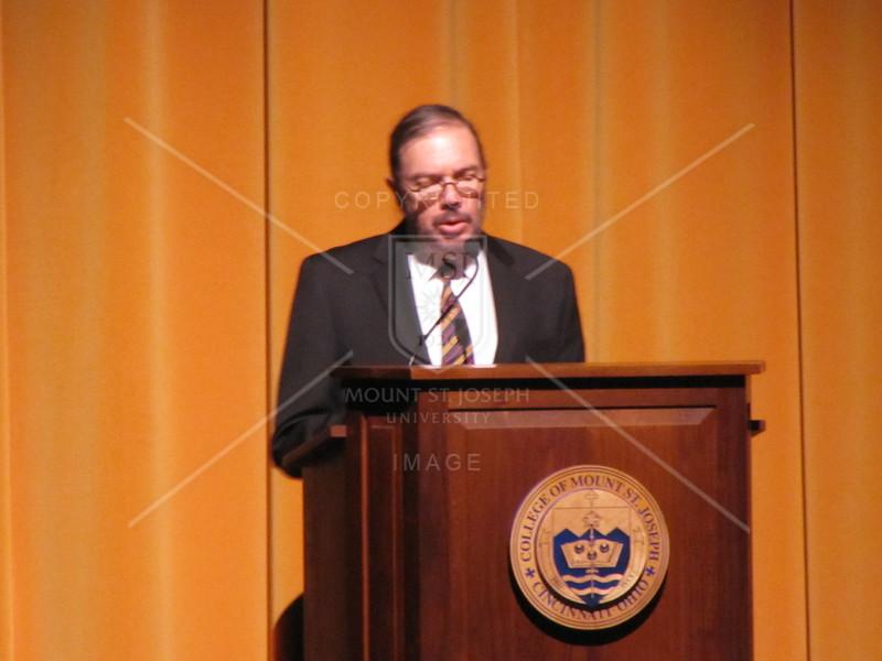 Freshman_Author_9-25-2012_1619