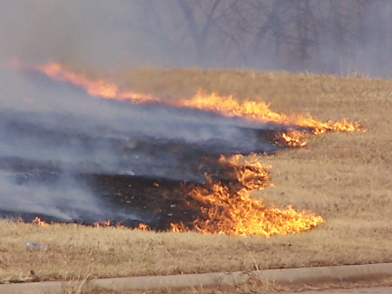 Grass fire outside Oklahoma City