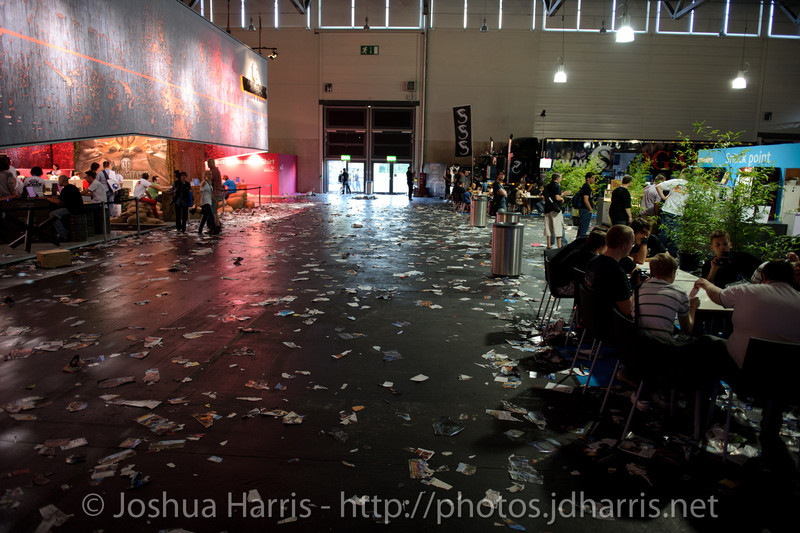 What the halls looked like shortly before the end of the show every day