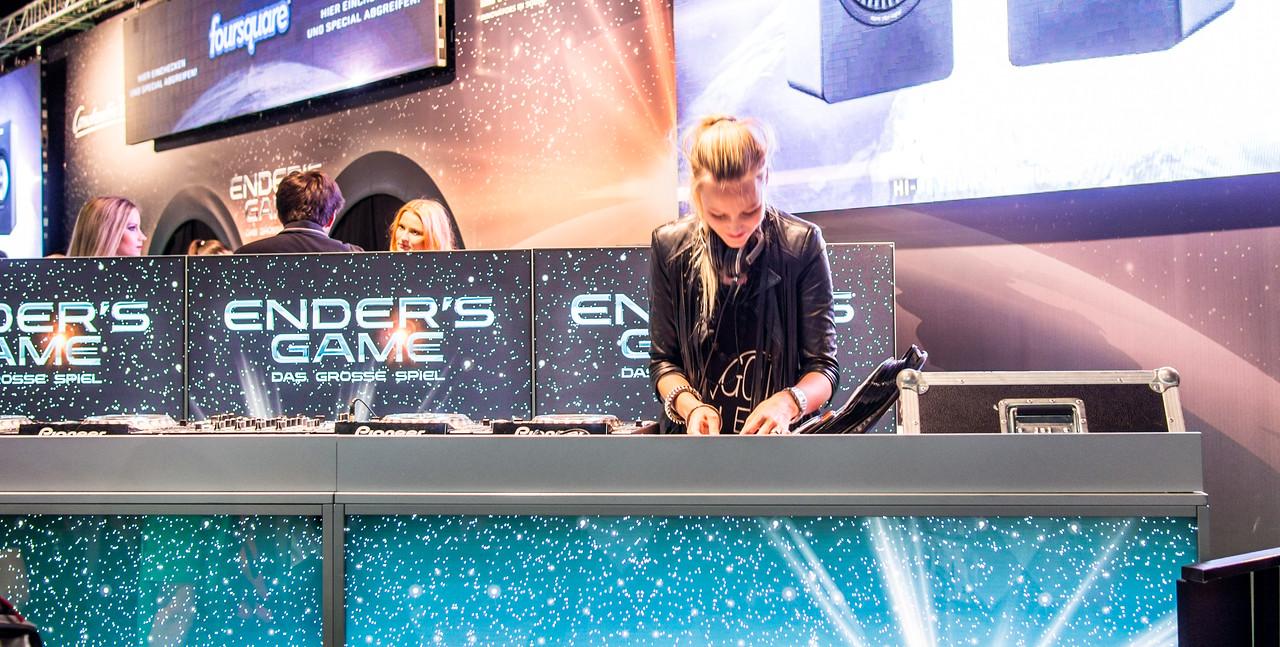 DJ at Gamescom 2013