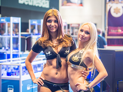 Girls at Gamescom 2013