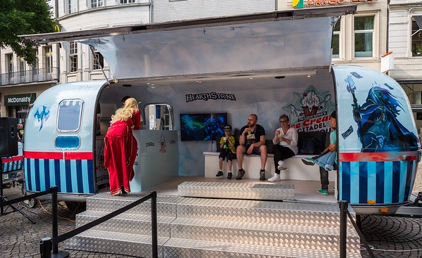 Hearthstone ice cream truck at Gamescom 2017