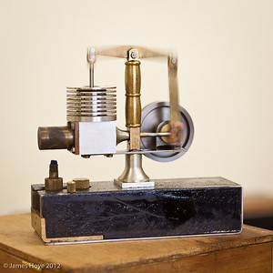 Stirling engine in motion