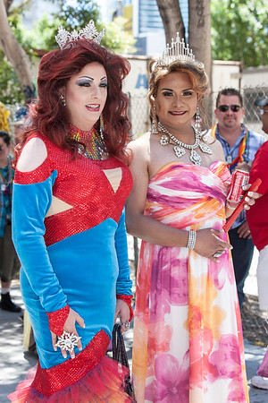 gayPride2104B-29