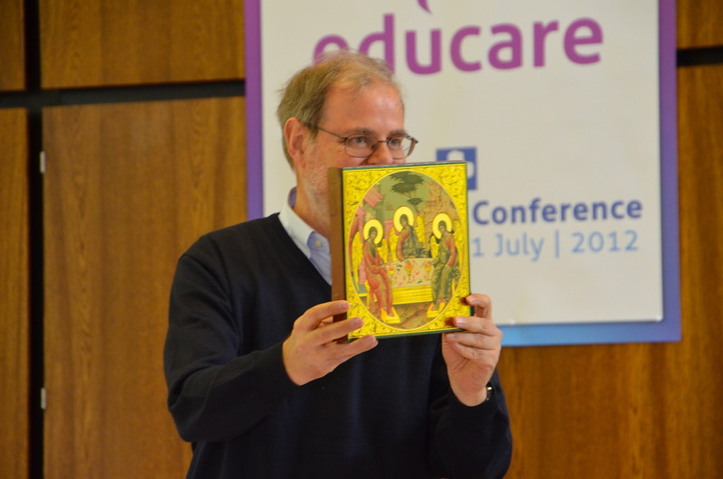The general administration gave Fr. Claudio the gift of an icon of the Trinity