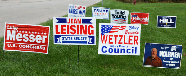 Debbie Blank | The Herald-Tribune<br /> Republican signs far outnumbered Democratic ones in Batesville.