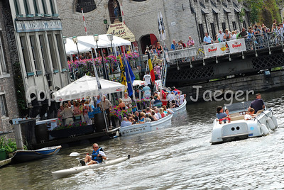 Day-time atmosphere along the Kraanlei in Ghent (Gent), Belgium, during the 2010 Ghent Festivities (Gentse Feesten).