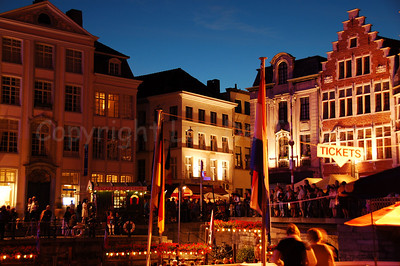 Shot with the back towards the highly colorful Pole Pole Festival during the Ghent Festivities (Gentse Feesten) 2007.