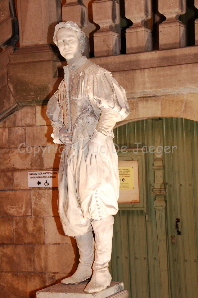 "At night too, the living statues are ""alive."""