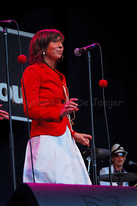 Jazzy Jay (Joke), one of the backing vocals of The Vicious, a highly professional Belgian party cover band brought a stunning and impressive music performance on the Korenmarkt during the Ghent Festivities (Gentse Feesten) 2007.  (Original format disabled to protect from theft!)