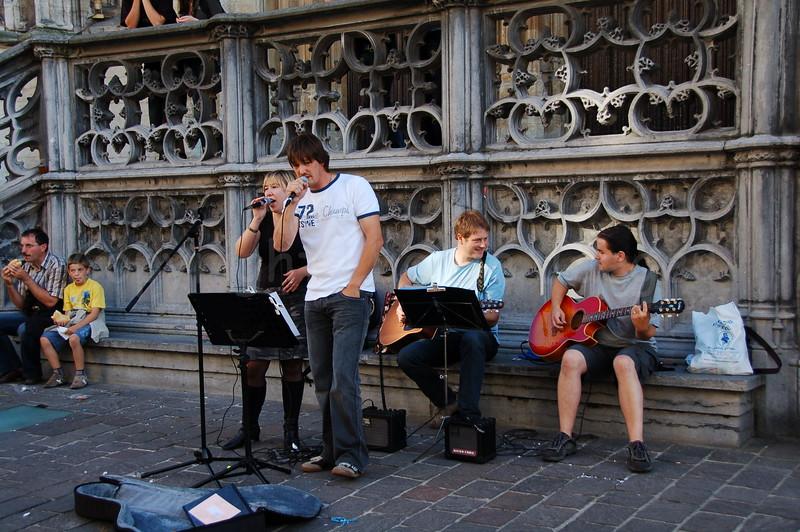 Street-musicians at work during the Ghent Festivities (Gentse Feesten).