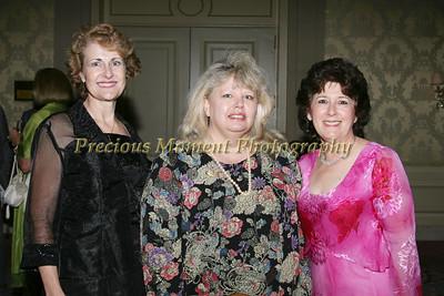 IMG_3753 Pamela Stark,Franny LaRue & Mollie Lamb