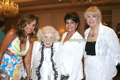 IMG_1390 Lisa Van Coppenolle, Gertrude Maxwell, Debora Hartman, Erin O'Brien
