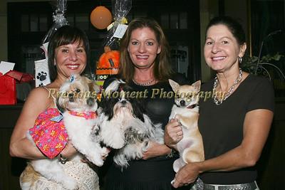IMG_9103 Kelly Contreras with Luli,Aleida Salvador-Harbeck with Bentley & Gisela Garneau with Lola