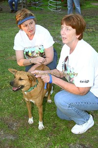 Sharon Fornes & Debbie Mc Donald with Attie-2933
