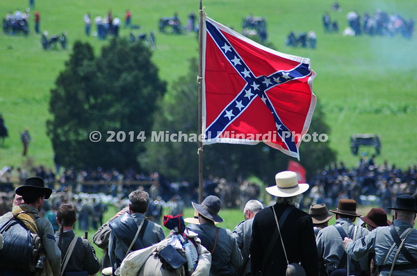 Confederates in Pickett's Charge  MIN_0092