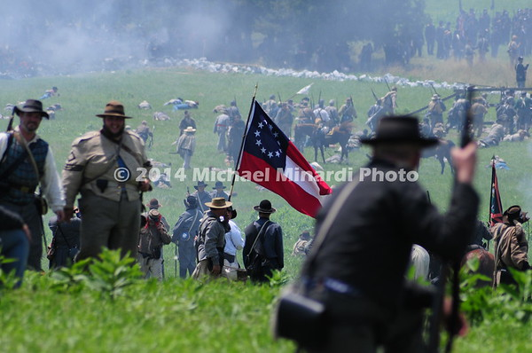 Unique Rebel flag in Pickett's Charge MIN_9960