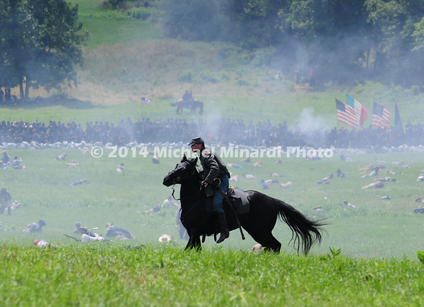 Lone horseman rides and shoots during Pickett's Charge  MIN_9993B