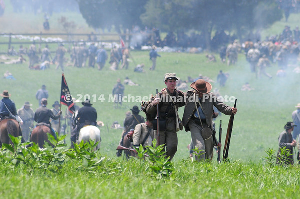 Wounded Rebels retreat after Pickett's Charge MIN_9930