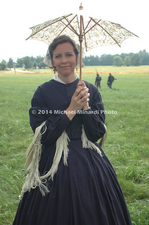 Karen Lenz from Minnesota dress in period attire  DSC_2255B