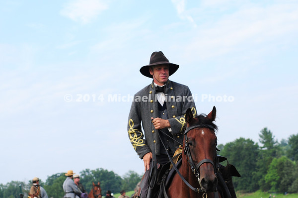 Confederate Cavalry Officer on horseback MIN_9280
