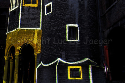 Mr. Beam was custom-made lighting artwork with music for the Achtersikkel, near the Conservatory in Ghent (Gent), Belgium, during the 2011 Light Festival (Lichtfestival).