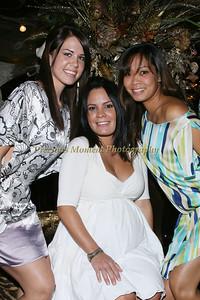 IMG_7219 Elizabeth Pignato,Jennifer Ponson & Kate Clark