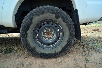 the contact pattern demonstrates that for off-road it is beneficial to have as much rubber between the ground and the wheel. Therefore, the smaller the wheel, the better.