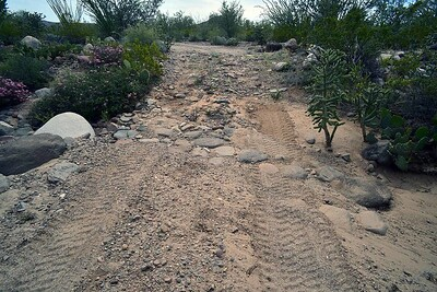 parts of the Pole Line Road were reinforced with natural cobble stone (#1)