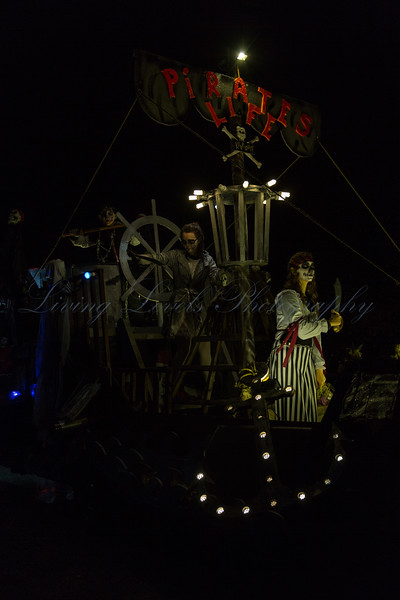"Glastonbury, UK, 18th November 2017, Make You Laugh CC float ""Pirates Life"" at the 2017 Glastonbury Carnival"