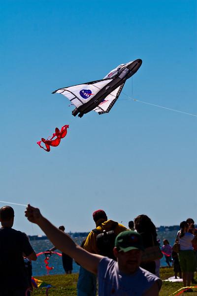 shuttle kite