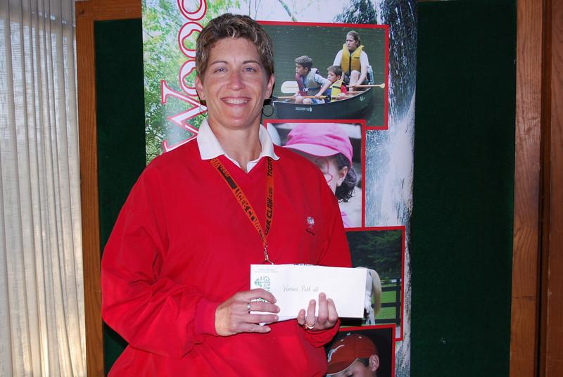 Winner--Women's Putt Off: Jamie Schmid
