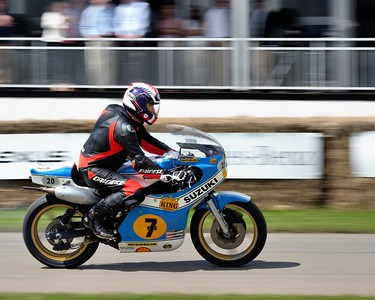 Freddie Sheene riding the Suzuki XR14 RG500 on which Barry won his first two 500 GPs - Goodwood Festival of Speed 2016