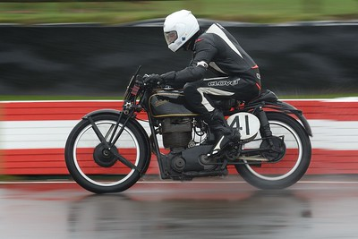 1939 Velocette MT 500 Sam Rhodes Bill Swallow - Barry Sheene Memorial Trophy at the 2016 Goodwood Revival