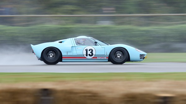 1965 Ford GT40 in the rain  - Shaun Lynn -  2016 Goodwood Revival
