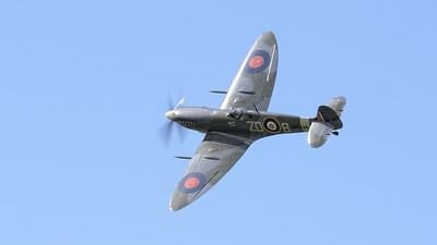 1943 Supermarine Spitfire MK 1XB in flight - The Goodwood Revival 2017