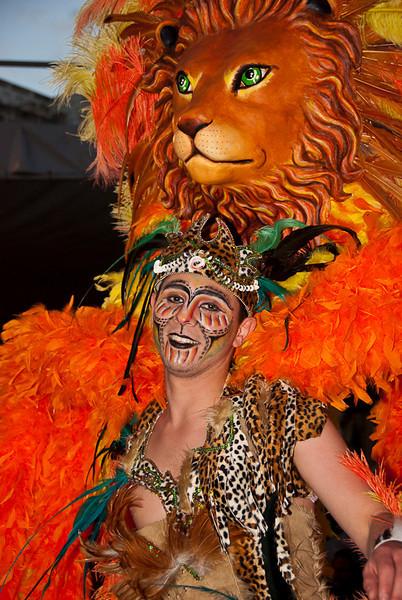 Sunday Carnival09-200