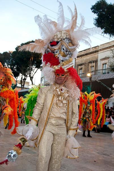 Sunday Carnival09-095