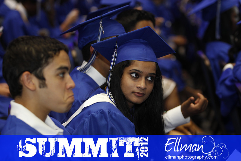 2012summit_graduation_062