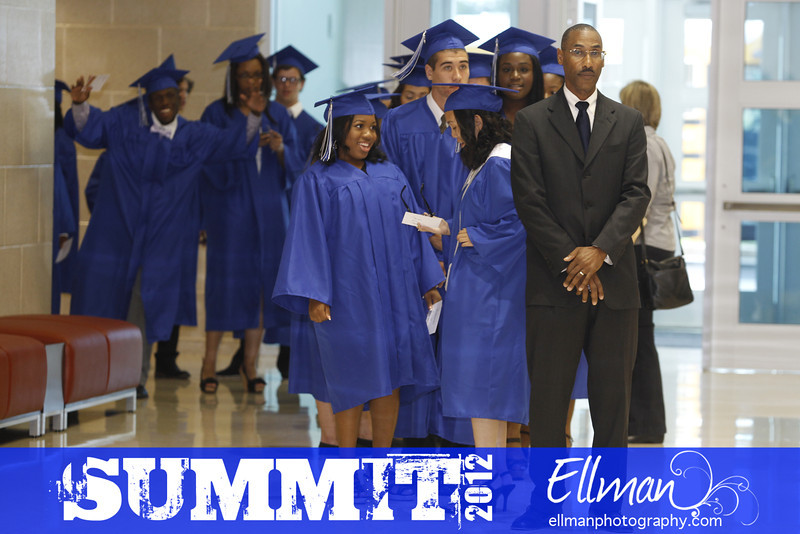 2012summit_graduation_160