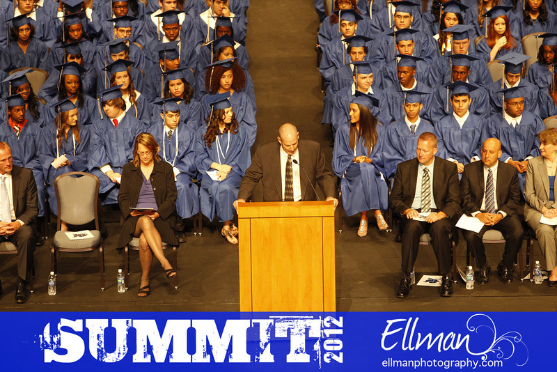 2012summit_graduation_302