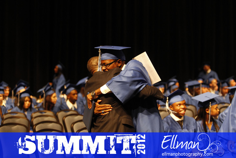 2012summit_graduation_562