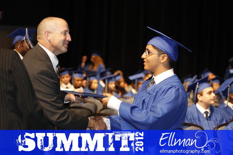 2012summit_graduation_608