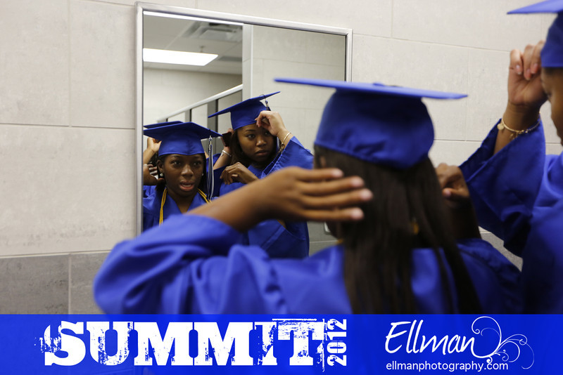 2012summit_graduation_012