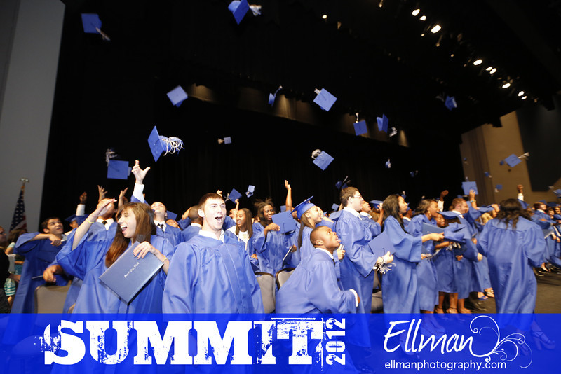 2012summit_graduation_831