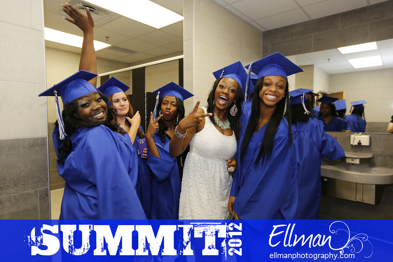 2012summit_graduation_149