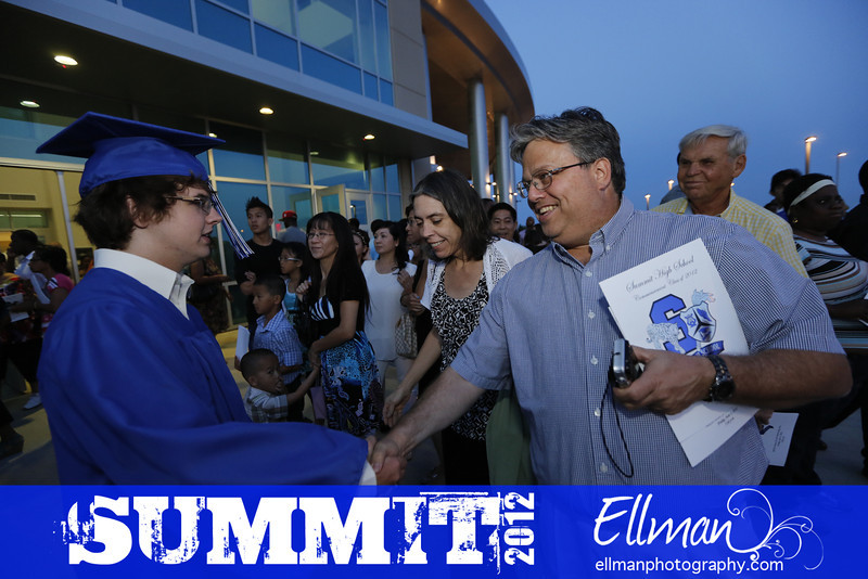2012summit_graduation_900