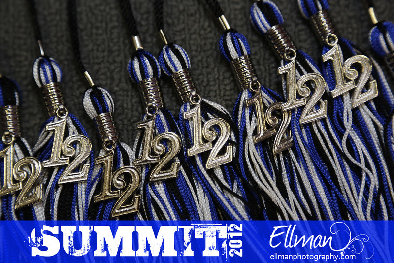 2012summit_graduation_090