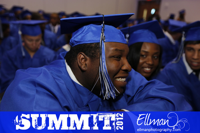 2012summit_graduation_114