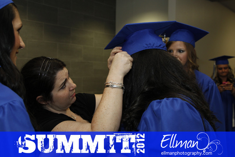 2012summit_graduation_004